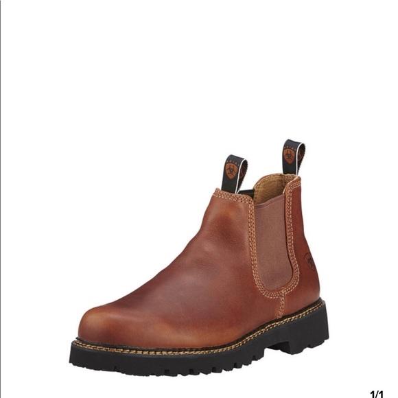 Ariat Shoes - Artist Spot Hog Boot size 9.5 brown